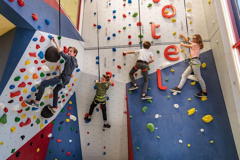 Kinder Erlebniswelt · Hotel Zentral in Zauchensee